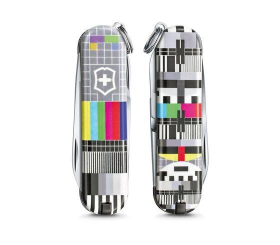 """Victorinox CLASSIC LIMITED EDITION 2021, """"PATTERNS OF THE WORLD"""" Retro TV"""